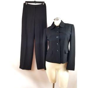 Jones New York Size 4 Black Gray Pant Suit